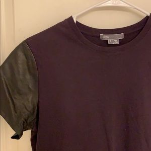 Vince T-shirt with leather sleeves